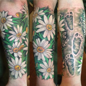 Daisy tattoos, flower sleeve , flower sleeve florida , st augustine flower tattoo , tattoo artist saint augustine , jesse britten